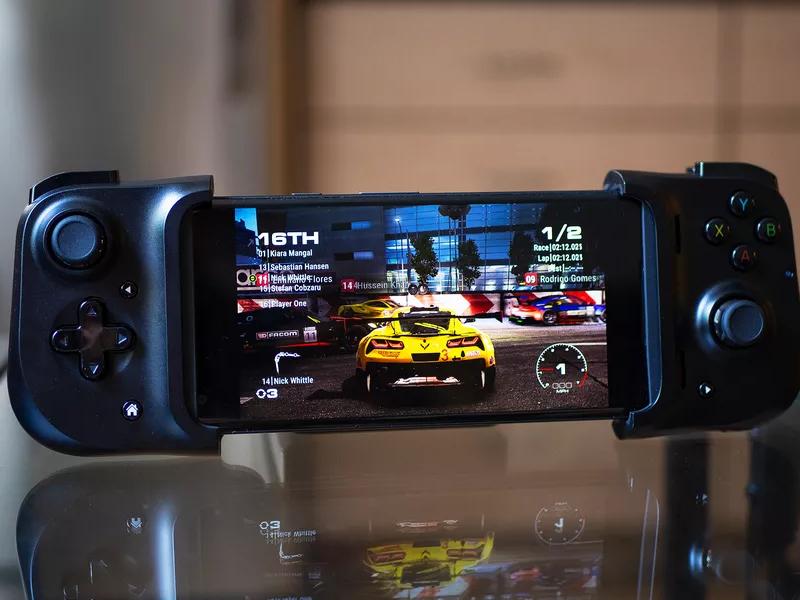 Razer Kishi ابزار جدید ریزر برای تبدیل تلفن هوشمند به کنسول بازی
